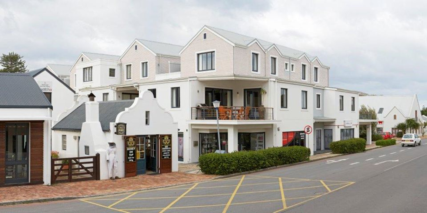 Marine Square Luxury Holiday Suites, Hermanus